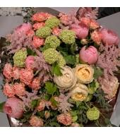Heleroosa varasuvine lillekimp