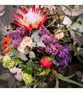 Erilistest lilledest suur efektne kimp