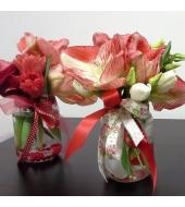 Hooajalistest lilledest kimbuke klaaspurgis