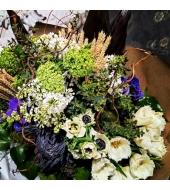 Suur sini-must-valge lillekimp