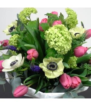 Hooajalistest lilledest lihtne kimp.jpg
