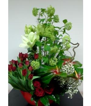 Suur lilleseade ovaalses vaasis.jpg