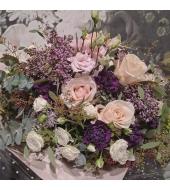 Romantiline õhuline lillekimp